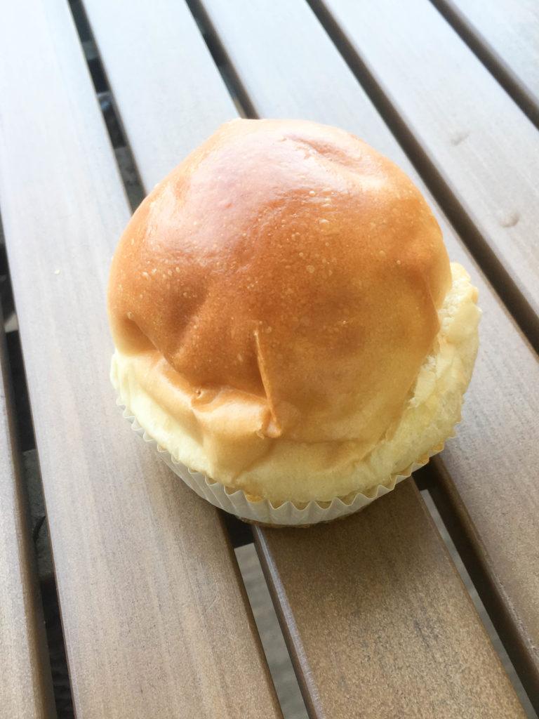AOSAN 仙川 パン カスタードクリームパン