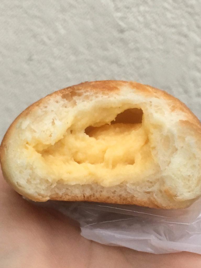 ハチイチベーカリー 経堂 クリームパン