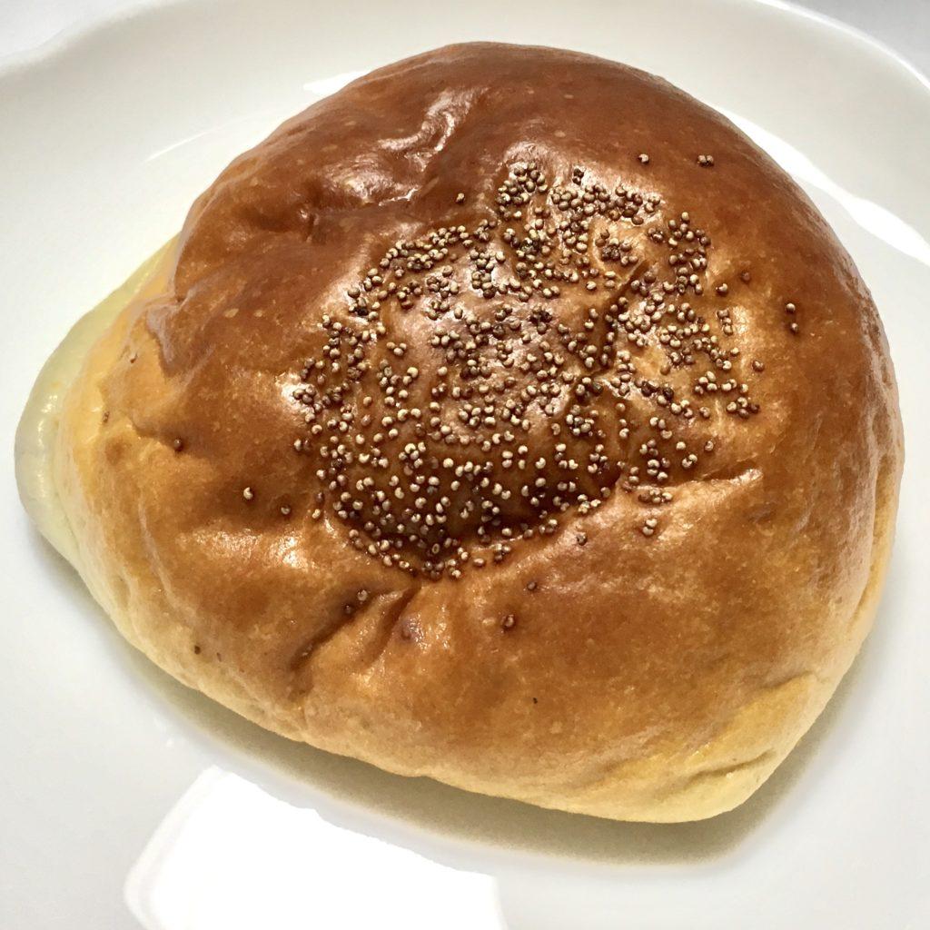バックハウスイリエ 大阪 梅田 パン クリームパン あんぱん エクレア