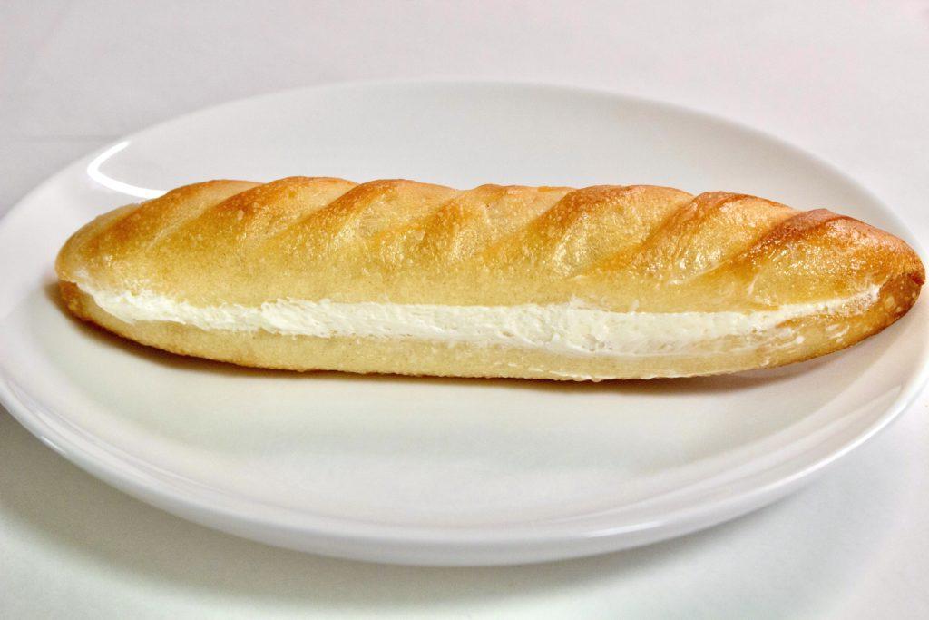 ミカヅキ堂 三軒茶屋 パン クリームパン ミルククリームサンド