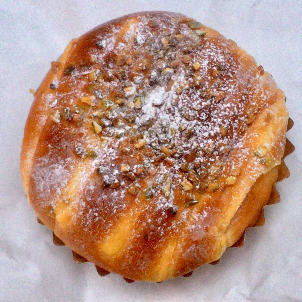 ブーランジェリー ボヌール 三軒茶屋 パン おすすめ ベーカリー プレミアムクリームパン