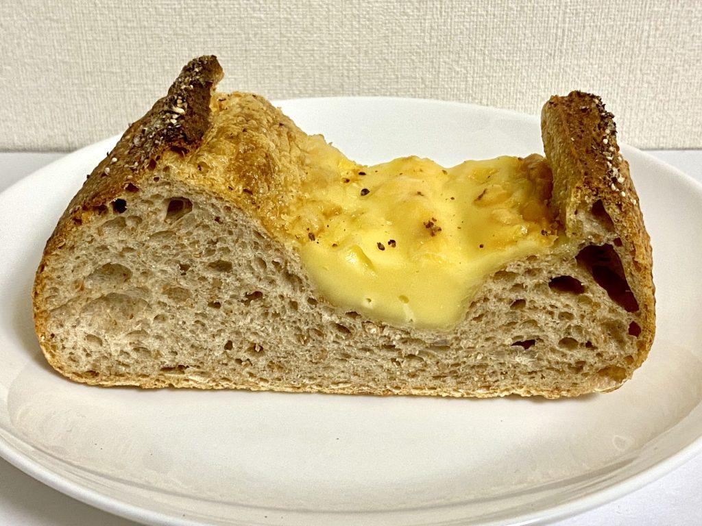 ルヴァン 代々木八幡 富ヶ谷 パン ベーカリー メランジェ チーズボルケーノ